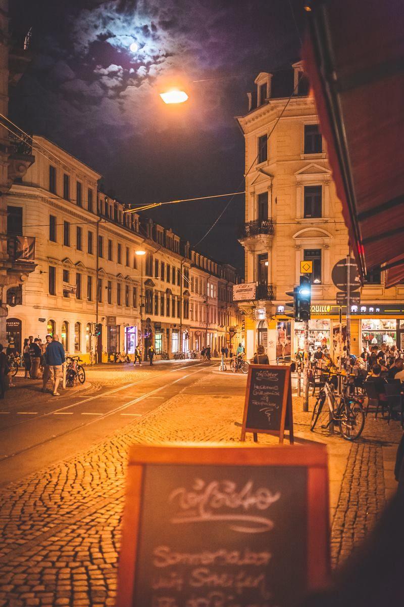 Dresden Neustadt bei Nacht Foto: Stephan Böhlig